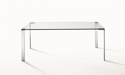 desalto_still-life_tavoli_liko-glass_3_G5206